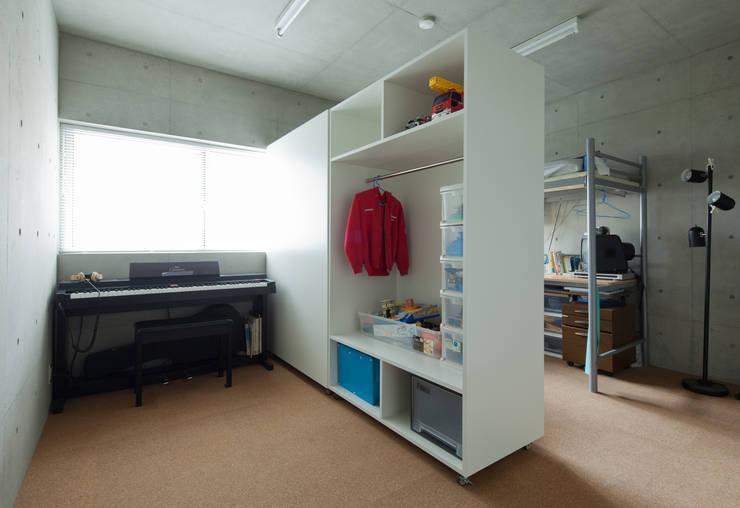 Studio R1 Architects Office의  아이방