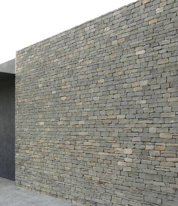 Piedra Laja: Casas de estilo  por Piedra Serena