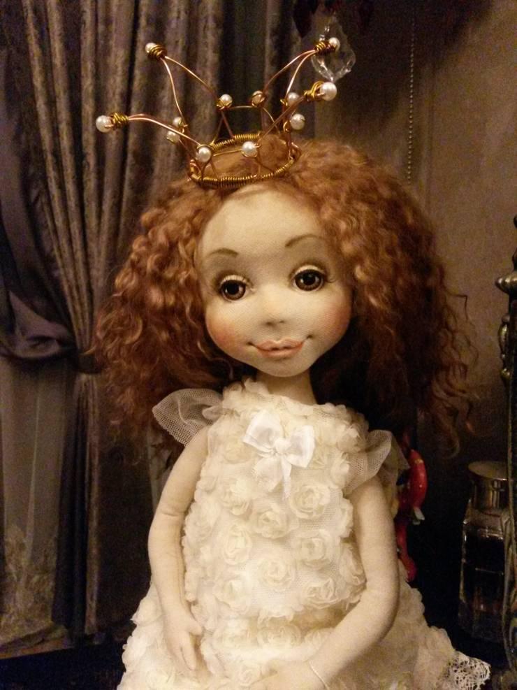 новые девочки француженка и еще одна принцесса:  в . Автор – Абрикос , Классический