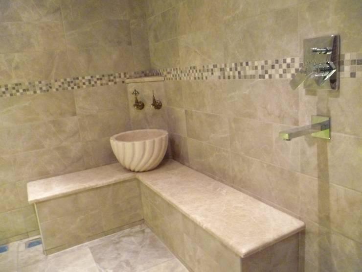 Mosifo – Genel Dekorasyon: klasik tarz tarz Banyo