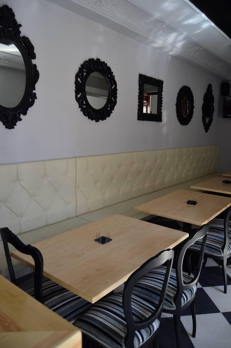 Rehabilitación de Palacete Neoclasicista.: Locales gastronómicos de estilo  de ZimmeR designer