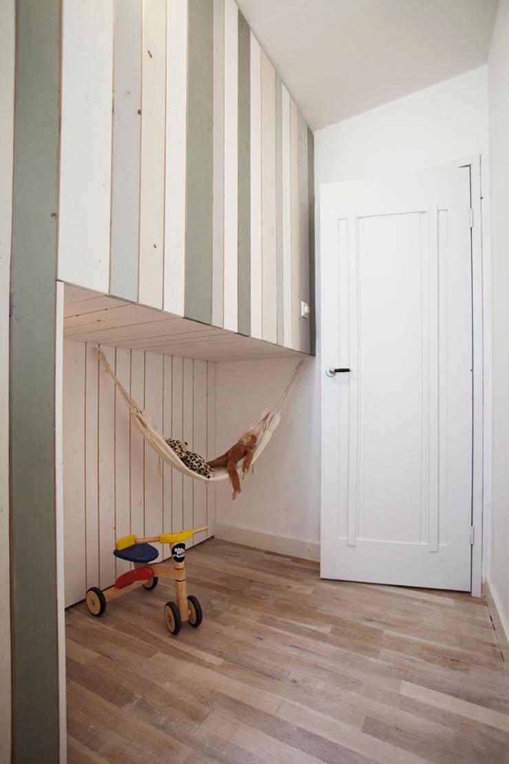 Kinderkamer:  Kinderkamer door NokNok, Mediterraan
