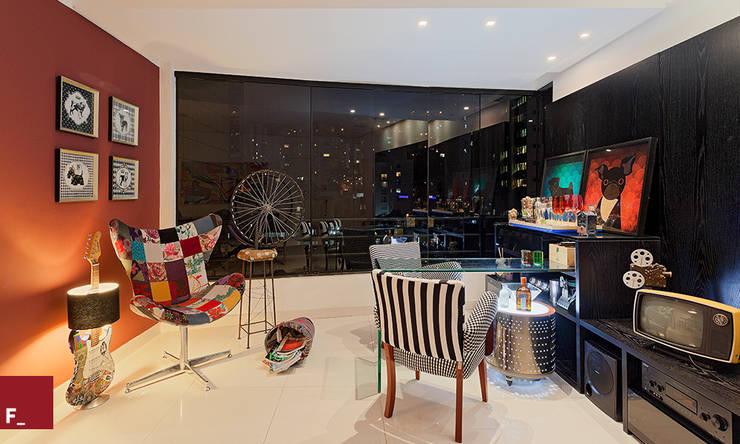 Apartamento D_M: Salas de estar  por Fadel Arquitetura