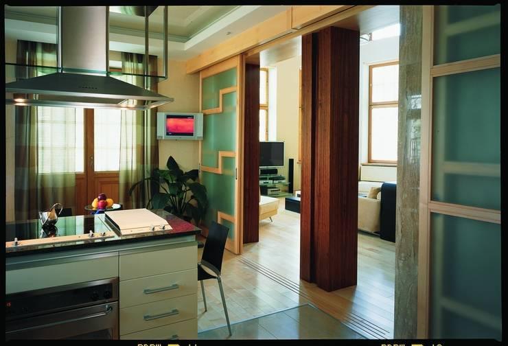 Дом в стиле Zen: Кухни в . Автор – Studio B&L