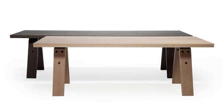 Branch eettafel: 240 en 300 cm :  Eetkamer door Marc Th. van der Voorn