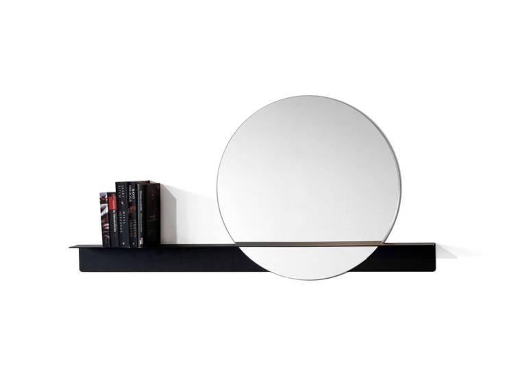 Slide mirror 'round' voor DeKnudt mirrors (BE):  Gang, hal & trappenhuis door Marc Th. van der Voorn