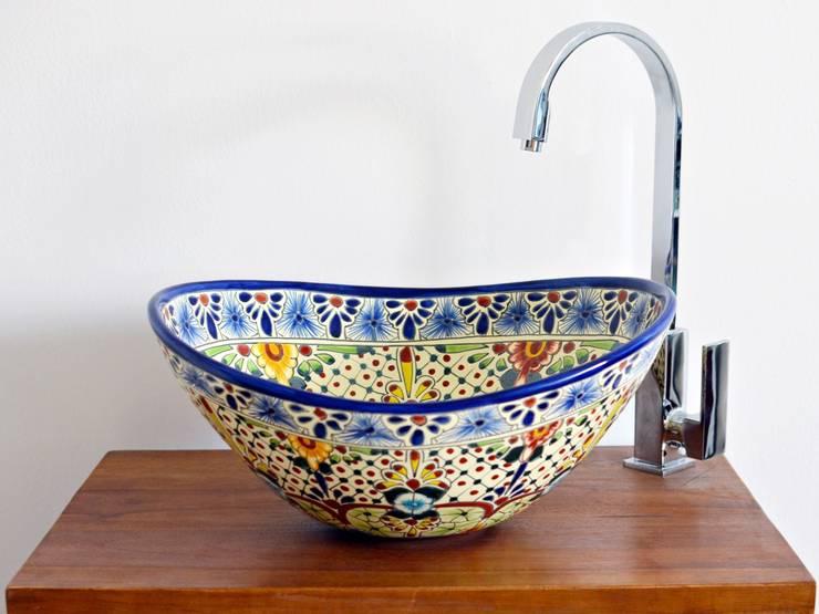 Attraktive Aufsatzwaschbecken AVENTURA - MEX 7 oval:  Badezimmer von Mexambiente e.K.