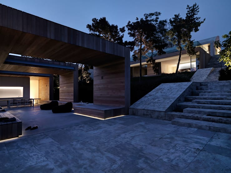 Wohnhaus . Erlenbach 2012 . gus wüstemann architects:  Garten von nachtaktiv GmbH
