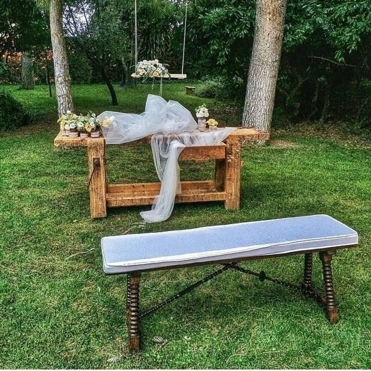 Altar rústico: Jardín de estilo  de GARCIA HERMANOS