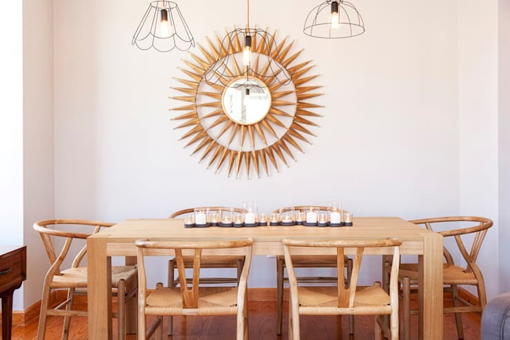 Dining room - details: Salas de jantar modernas por Home Staging Factory