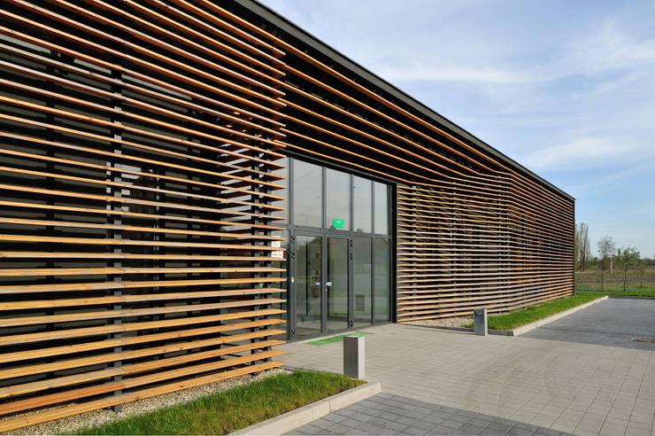 WORKING BOX : styl , w kategorii Biurowce zaprojektowany przez Zalewski Architecture Group