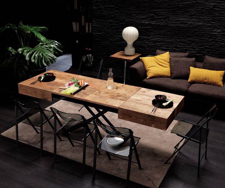rustic Dining room by Livarea