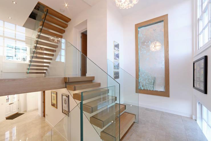 Corridor, hallway by Nicolas Tye Architects