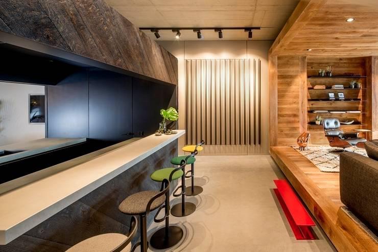 Hakwood Studio hospitality (bar):  Commercial Spaces by Hakwood   Great Flooring Stories