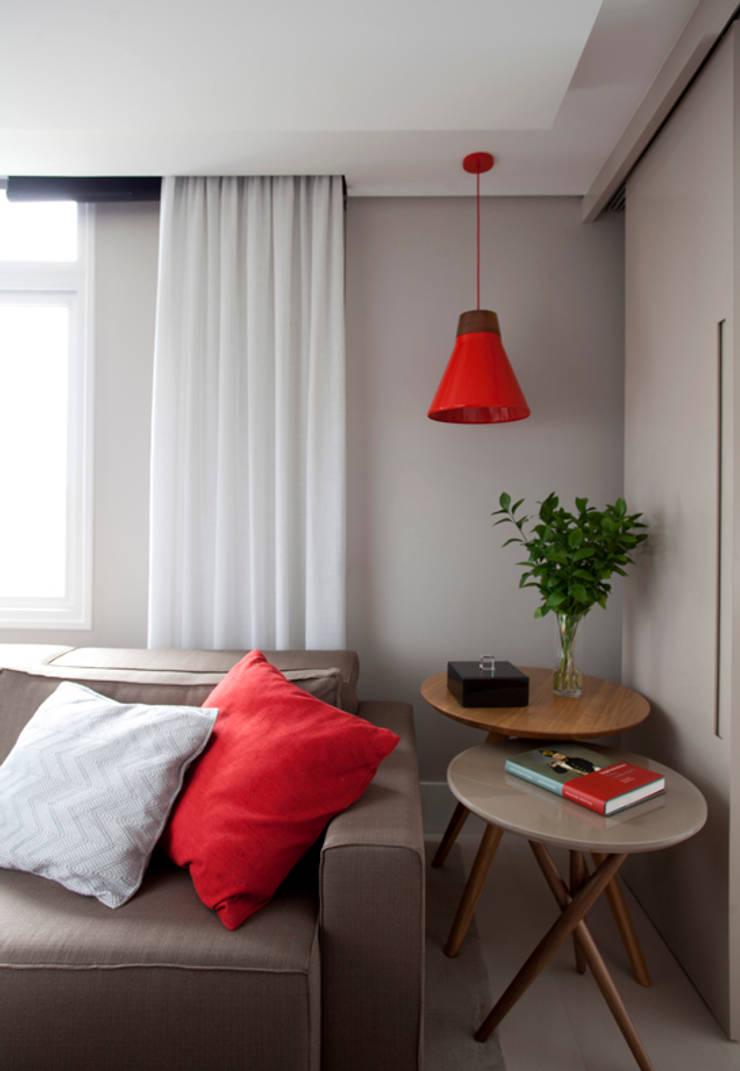 Apartamento Bossa: Salas de estar  por Juliana Pippi Arquitetura & Design,Moderno