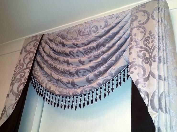 Jacquard Swags Curtain:  Windows & doors  by Alf Onnie