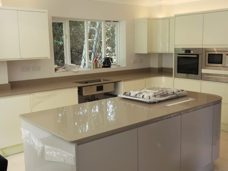Samsung Bristol Beige Quartz Worktops:  Kitchen by Marbles Ltd