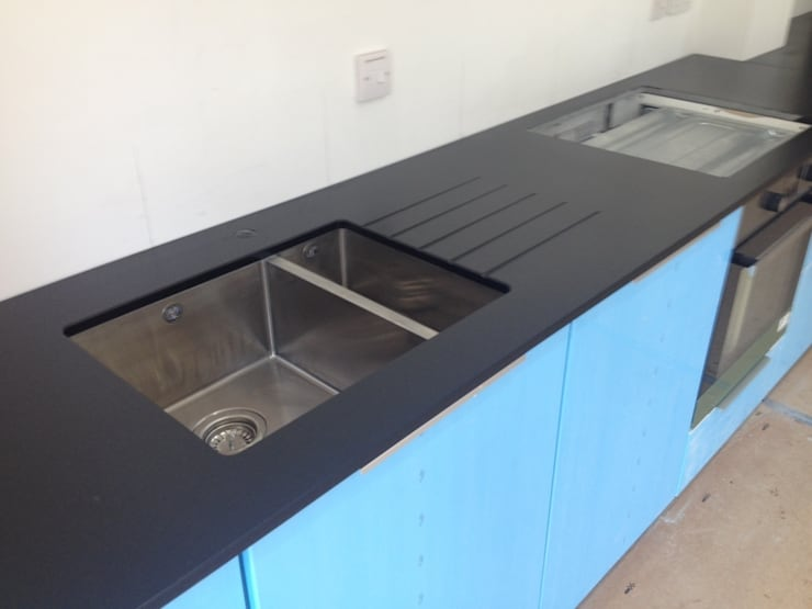 Leathered Black Granite Worktops:  Kitchen by Marbles Ltd