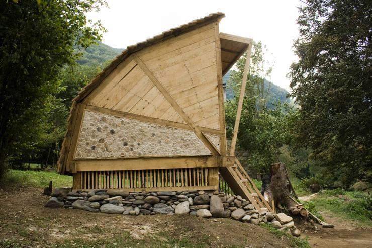 Summerhouse:  Garage/shed by Mill & Jones