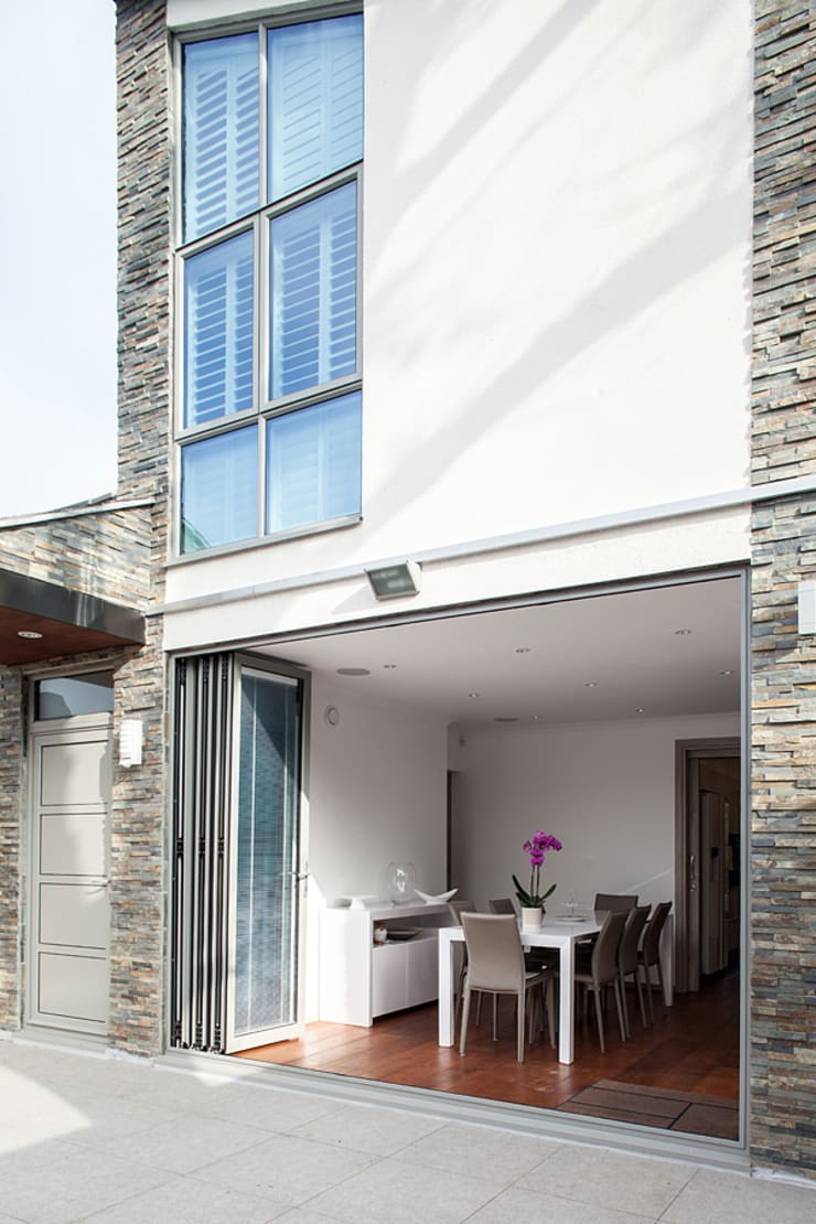 New Build House, London:  Houses by Nic  Antony Architects Ltd