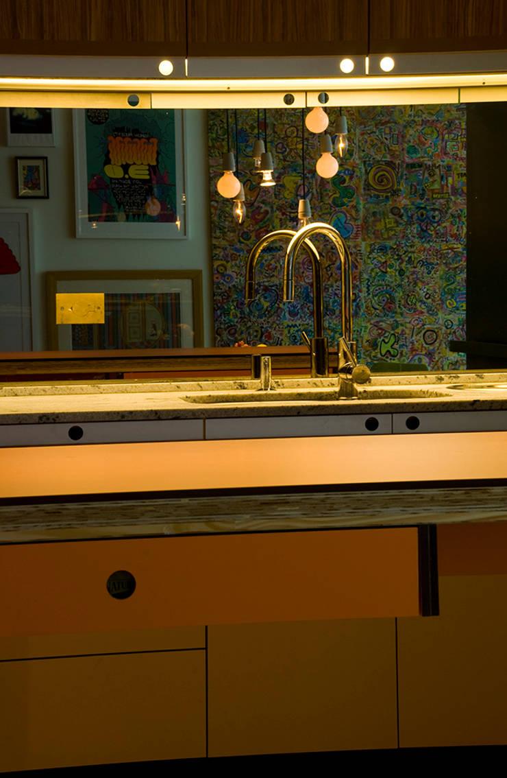 Interior | Apartamento – I: Cozinhas modernas por ARQdonini Arquitetos Associados