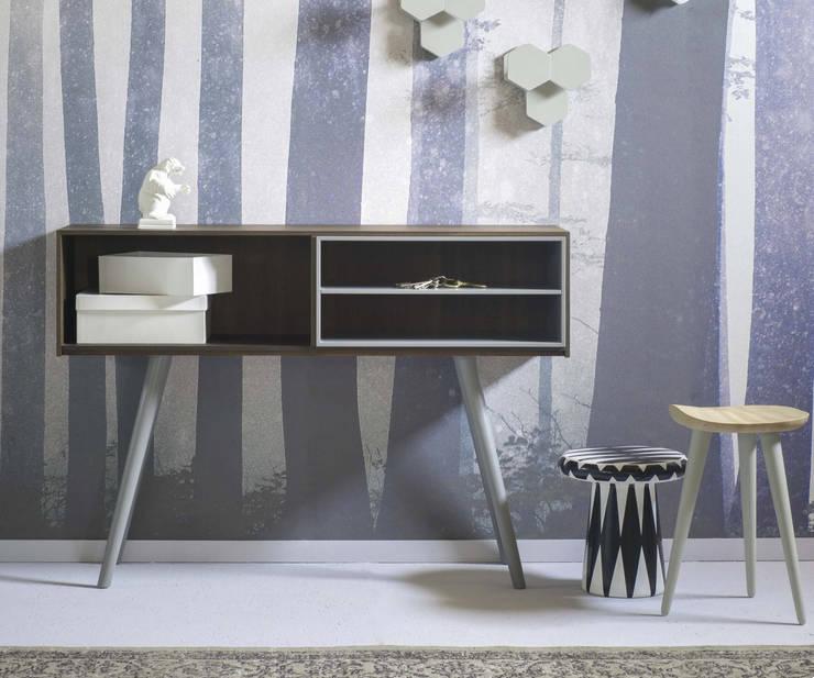 Großstadt Sideboard Olivia : minimalistische Wohnzimmer von Livarea