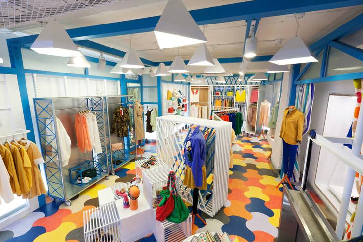 다양한 재미가 공존하는 공간: Design m4의  가게