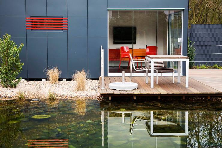 Vườn by GarDomo Designgartenhäuser
