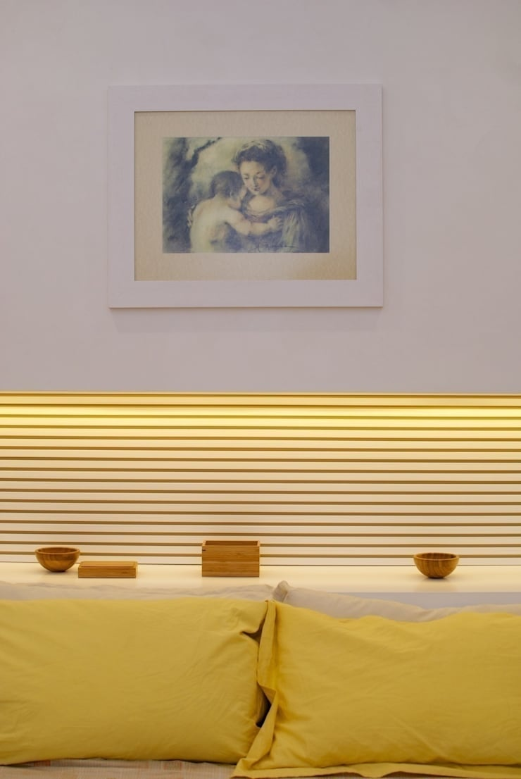 Bedroom by CalìArchitetti