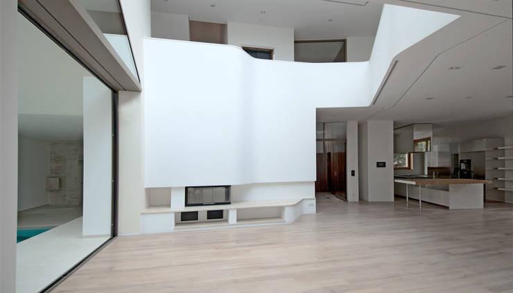 moderne Woonkamer door HS Architekten BDA