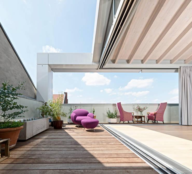 Stadthaus 2:  Terrasse von HS Architekten BDA