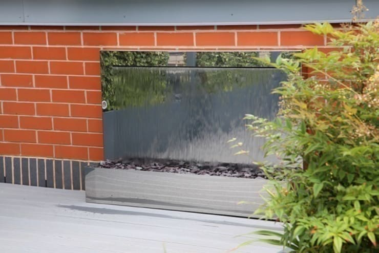 Rooftop Garden Wall:   by yorkshire water features