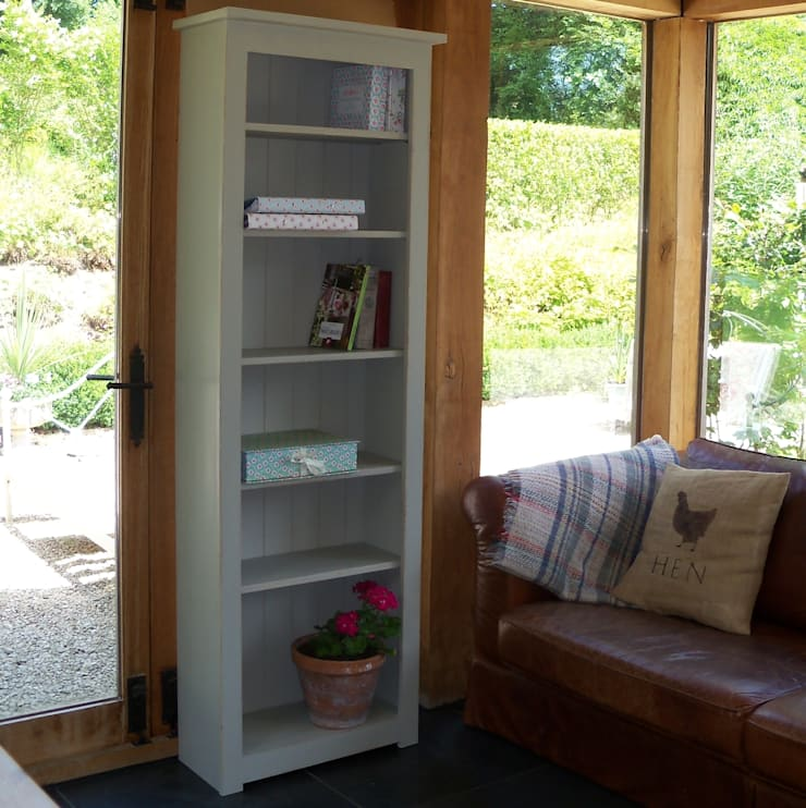 Hand painted Shaker Bookcase:  Living room by Rectory Blue