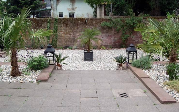 Mediterraner Garten:  Garten von Borkenhagen Interior&Design