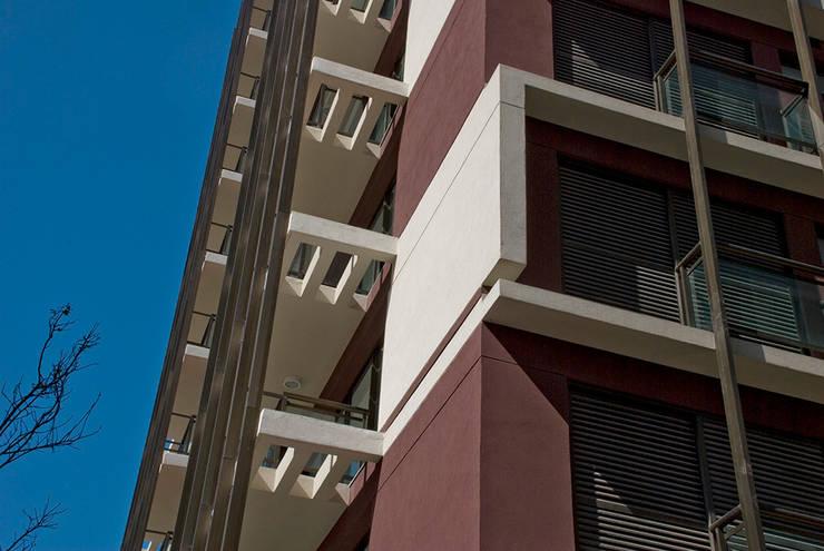 Let's Perdizes | edifício: Casas  por ARQdonini Arquitetos Associados,Moderno