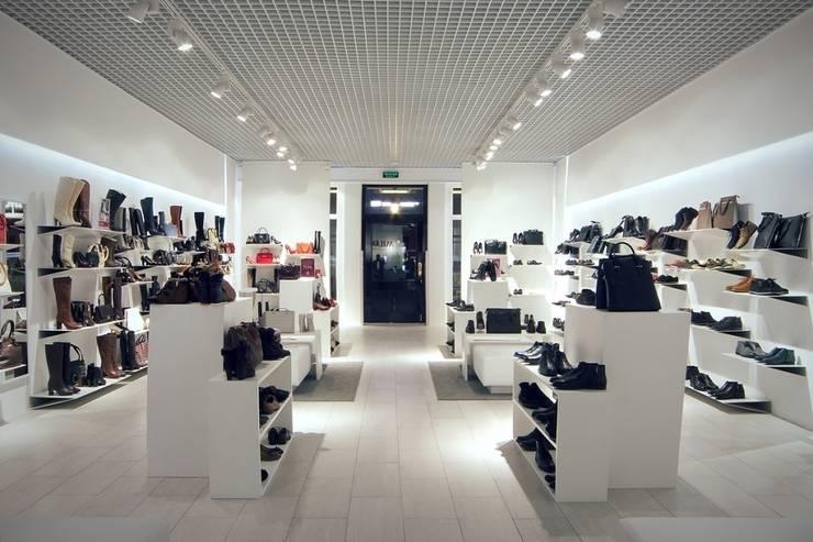 сеть обувных магазинов <q>Милана</q>: Дома в . Автор – Вадим Бычков
