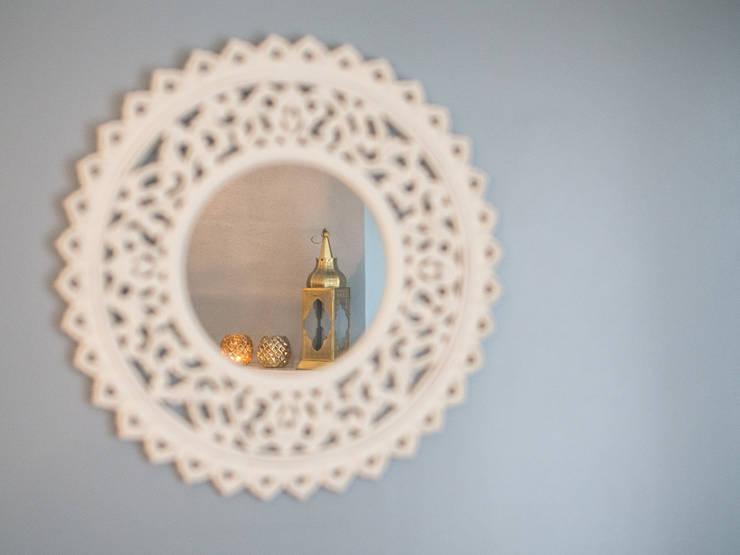 Soggiorno in stile  di MUDA Home Design