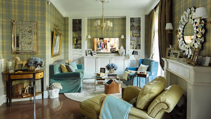 Classic style living room by studio68-32 Classic
