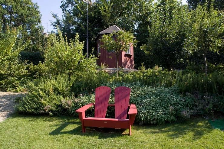 ADS Studio di Architettura: klasik tarz tarz Bahçe