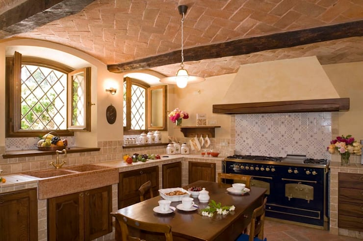 rustic Kitchen by ADS Studio di Architettura