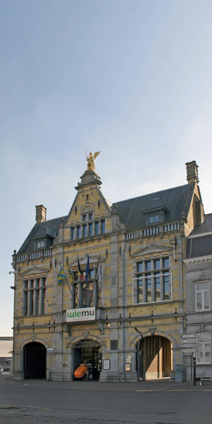 WIELERMUSEUM - ROESELARE:   door Callebaut Architecten