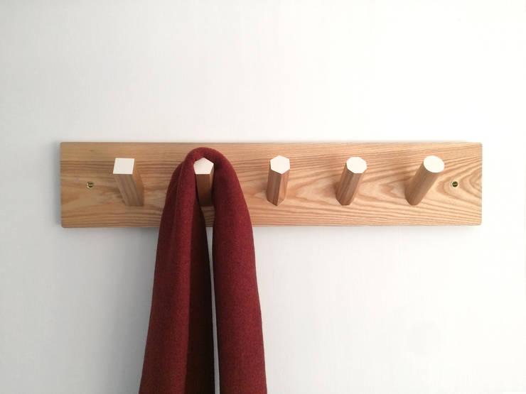 GEO Coat Rack:  Corridor, hallway & stairs by ByALEX