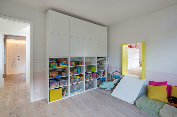 Nursery/kid's room by REICHWALDSCHULTZ Berlin