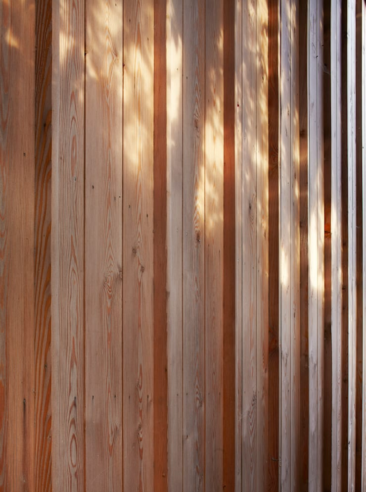 Timber cladding detail:  Houses by Neil Dusheiko Architects