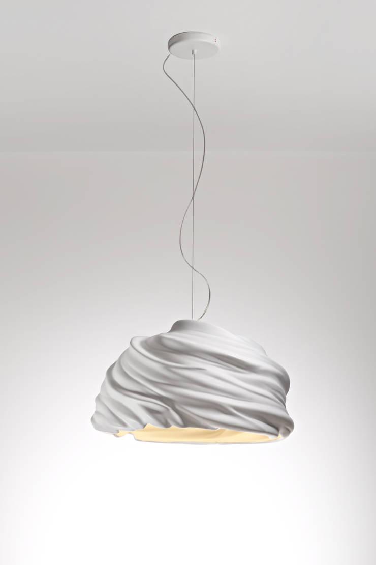 Cyclone: styl , w kategorii Salon zaprojektowany przez Studio Bartek Mejor