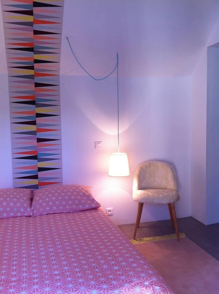 chambre ado scandinave par at ome homify. Black Bedroom Furniture Sets. Home Design Ideas