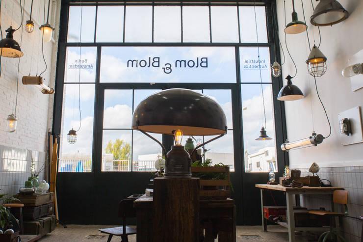 Blom & Blom Store – Amsterdam:  Kantoor- & winkelruimten door Blom & Blom