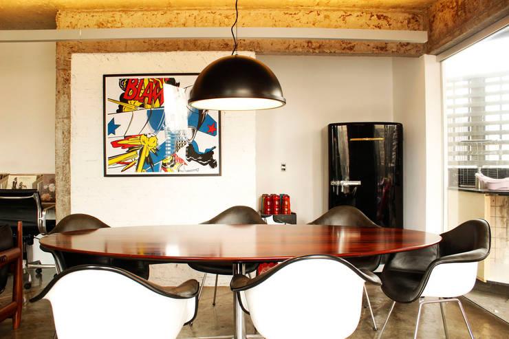 Apartamento Klabin: Salas de jantar  por ODVO Arquitetura e Urbanismo