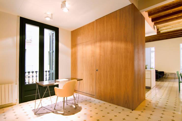 Phòng học/Văn phòng by IF arquitectos