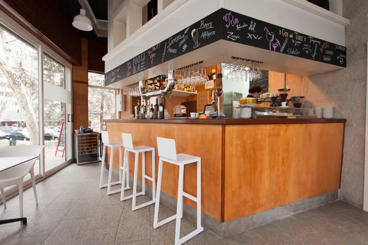 Nouba: Bares y Clubs de estilo  de Conca y Marzal